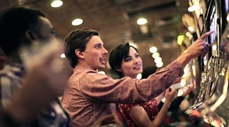 UK Casino Awards Bonuses Online – £5 Free to Spin Now!
